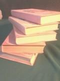 Продается подписное издание автора Виктории Холт в 5 книгах.