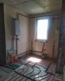 Новая квартира с темя спальнями и частичным ремонтом в Счастливом